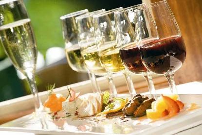 香槟与红酒的区别
